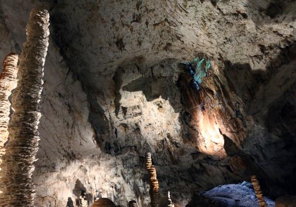 Slackline 2019 grotte aven d'orgnac